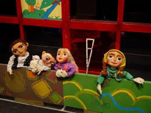 پاورپوینت بررسی اثربخشی نمایش عروسکی بر افزایش مهارتهای اجتماعی دختران کم توان ذهنی آموزش پذیر (12 -8)